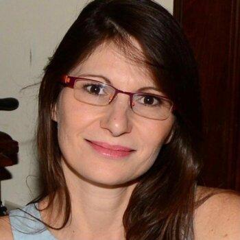 ליאורה סטינוס